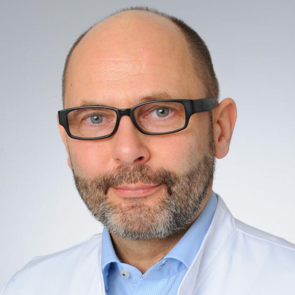 Dr. Thomas Elter